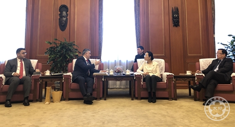 Vice President Lin Yi Meets with President Haider Al Rubeiy of Iraq-China Friendship Association